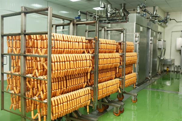 Kết quả hình ảnh cho quy trình sản xuất xúc xích